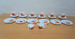 Wedgwood Susie Cooper Corn Poppy 6 cups, saucers,& side plates, jug & sugar bowl