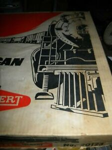 vintage AMERICAN FLYER by GILBERT Electric TRAIN #20123 Locomotive Cars & OB