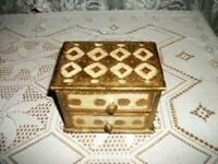 ITALIAN FLORENTINE GILT WOOD 2 DRAWER CHEST RED ACCENTS VINTAGE MID CENTURY