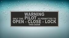 Aufkleber sticker auto motorrad Flugzeug Flughafen Luftfahrt pilot only warning