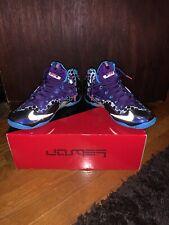 wholesale dealer 02b4a fd0c9 Men s Nike LeBron 11 Hornets - Size 11