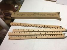 Vintage 1940s Bucilla Waffle Weave Adjustable Weaving Loom NO. 4515  Wood Crafts