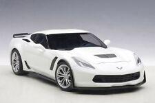 1/18 AUTOart - CHEVROLET CORVETTE C7 Z06 (ARTIC WHITE/SILVER RIMS) 2014