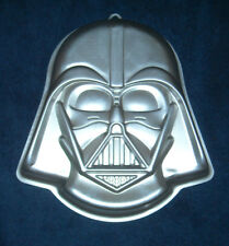 New Star Wars Lord Darth Vader 2105-3035 Wilton Cake Pan with Instructions