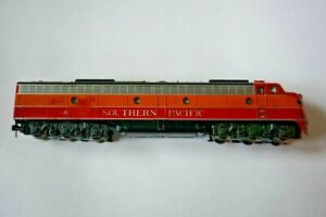 N Scale Used KATO Powered Diesel Locomotive E8/9A Southern Pacific #6018 Damaged