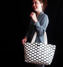 Kate Spade New York Canvas Beau BOW Fabric Small Coal Cream/Black Tote Handbag