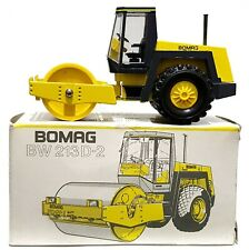 1:50 Scale Conrad 2710 BOMAG BW213D-2 Smooth Drum Soil Compactor - MIB