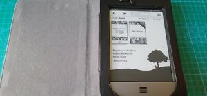 Amazon Kindle Touch 4th Generation D01200 - Fully Functional! With Case Bundle