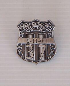 VINTAGE PORT AUTHORITY POLICE NEW YORK 911 MEMORIAL METAL BADGE LAPEL TIE PIN