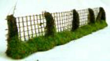Javis PF12 - Resin Timber & Wire Fencing 134mm Long 1/76 Scale=00 Gauge 1st Post