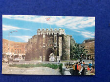 Colour postcard: Hampshire, Southampton, the Bargate, 1984