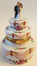 LIMOGES Limited Edition Wedding Cake with Bride & Groom 2003 Sinclair NEW