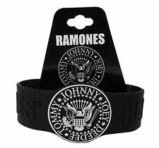 RAMONES - SEAL BLACK SILICONE WRISTBAND NEW OFFICIAL ONE SIZE