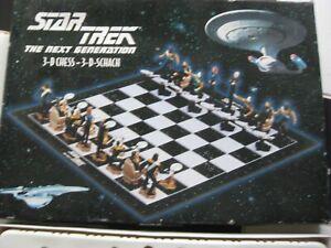 Star Trek Next Generation Chess Set