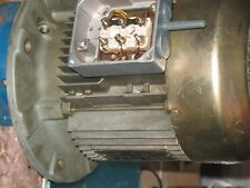 SEW-EURODRIVE GEAR MOTOR 2 HP/ 1.5Kw 1710/1410 RPM 3 Ph  DT90L4