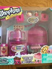 Shopkins Cupcake Queen Cafe With 2 Exclusive Shopkins