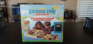 Thomas the Train and Friends Shining Time Station Wellsworth carry along playset