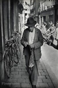 1950 Austria Salzburg Getreidegasse Street Man Bike Photo Henri Cartier-Bresson