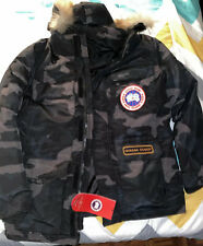 Canada Goose Coat Jacket Army Camouflage size Large Military fur Hoody New
