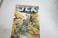 JLA  #71 NOV     2002  DC COMICS