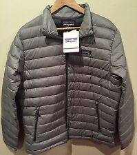 NWTs Patagonia Men's Down Sweater Jacket. Size Medium. Feather Grey. $229