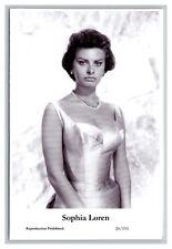 Sophia Loren (C) Swiftsure Postcard year 2000 modern print 20/191 glamour photo