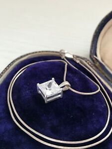 "925 Sterling Silver Clear CZ Cube Pendant Necklace 17.5"" Chain  (D9D2)"