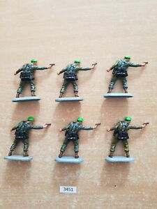 Britains Superdeetail Modern British Royal Marines 6 figures  (lot 3451)