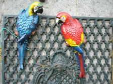 PERROQUET en fonte pat G et D , oiseau statue animalière a suspendre , couple !