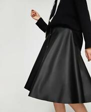 ZARA FAUX LEATHER SKIRT WITH BUTTON DETAIL B2 SIZE MEDIUM REF: 2398 270