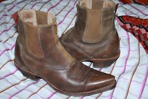TWISTED X ZIP FRONT LADIES BROWN LEATHER COWBOY BOOTS. SZ : 8B.