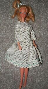 Barbie 1966 Doll blond Hair vintage  in dress blue eyes