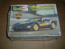 Collectible REVELL Model Kit 1998 CORVETTE INDY 500 PACE CAR Kit #85-2857