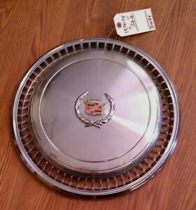 1974 1975 Cadillac Eldorado Wheel Cover Hubcap  *GRADE B++*  GOOD Condition~!