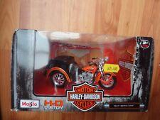 1/18 MAISTO CLASSIC 1947 SERVI-CAR HARLEY DAVIDSON MOTORCYCLE BIKE