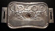 Plaque fiscale de vélo année 1940 en métal blanc