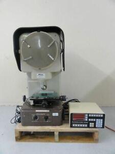 Nikon Model 6C Profile Projector with Quandra-Chek 2000 Control