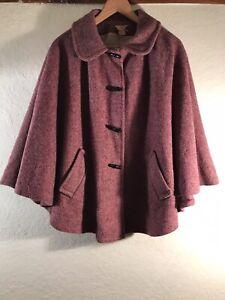 Vintage 1970s 100% Wool Grape Cape - Size Medium