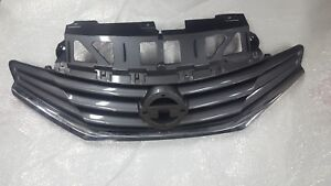 2014 2015 2016 Nissan Versa Note 1.6L Front Grille Grill CHROME 62310-3VY0A