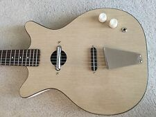 Vintage Danelectro Convertible Electric Guitar Early Sixties   (Blonde / Clean)