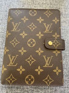 Louis Vuitton Ring Agenda Diary MM. Vintage, Beautiful Condition!