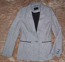 DANNII MINOGUE Petites black and white long sleeve jacket, Size 10, EUC