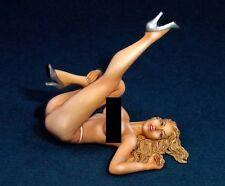 Legend 1/18 #1801 Sexy Blond