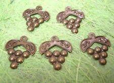 20pc antique bronze metal grape shape charm-1059