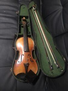 Alte Geige Old Violin