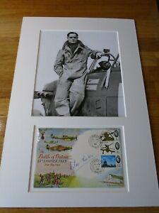 Douglas Bader Genuine Signed Authentic Autograph - UACC / AFTAL.