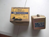 Square D Pressure Switch 9013 HSW-2Y NEW In Original Box