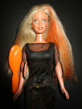 B646) vieja rubio Enchanted Halloween barbie mattel 2002 original-vestido + cepillo