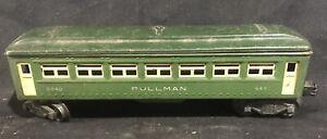 Lionel No. 6440 Pullman Passenger Car, Two-Tone Green. Postwar