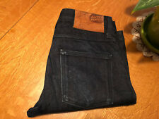 NAKED & FAMOUS SLIM GUY SELVEDGE STRAIGHT FIT JEANS 31 X 32 VERY NICE!